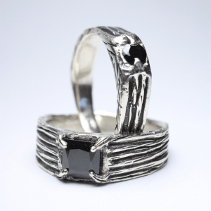 PAR DE alianças de compromisso marvin + donnovan prata 950